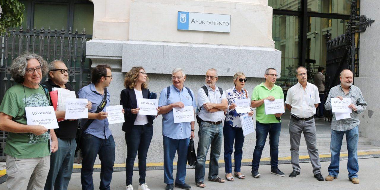 """La FRAVM pide que se restrinjan las viviendas turísticas en toda la capital: """"lo que no es bueno para un vecindario, tampoco lo es para otros"""""""