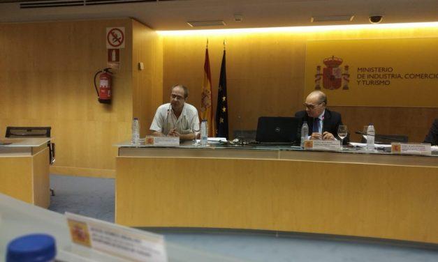 Las propuestas vecinales para frenar las viviendas turísticas llegan al Ministerio de Industria
