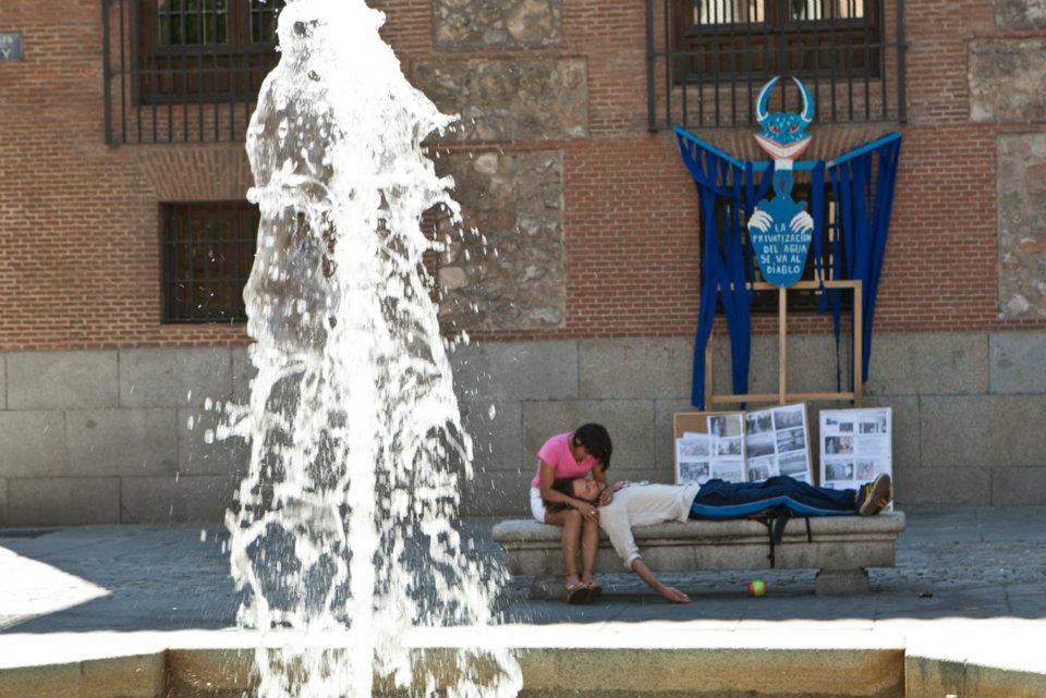 Frente al bono social, garanticemos un mínimo vital de agua para toda la población