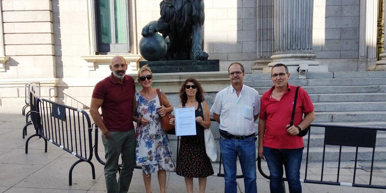 AAVV de todo el Estado solicitan que el presidente de la CNMC explique en el Congreso su posición sobre las viviendas turísticas