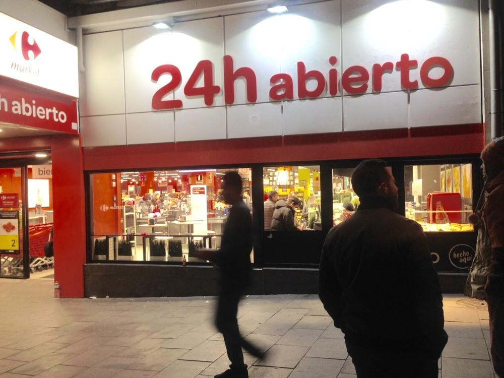 Las asociaciones vecinales de Alcalá rechazan la apertura 24 horas de un Carrefour