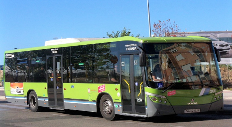 La vecindad de Mejorada, harta de soportar atascos diarios, exige un transporte público del siglo XXI
