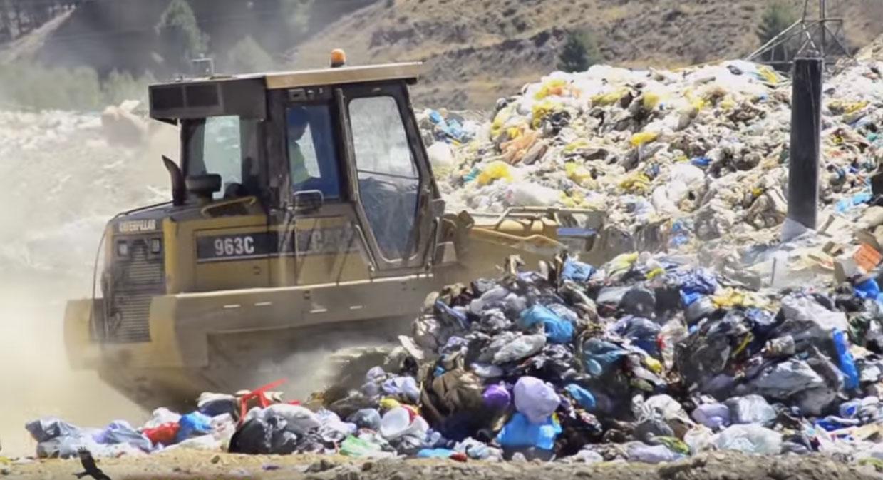"""La Asociación Vecinal PAU Ensanche de Vallecas """"no permitirá"""" el traslado a Valdemingómez de la basura del vertedero de Alcalá"""