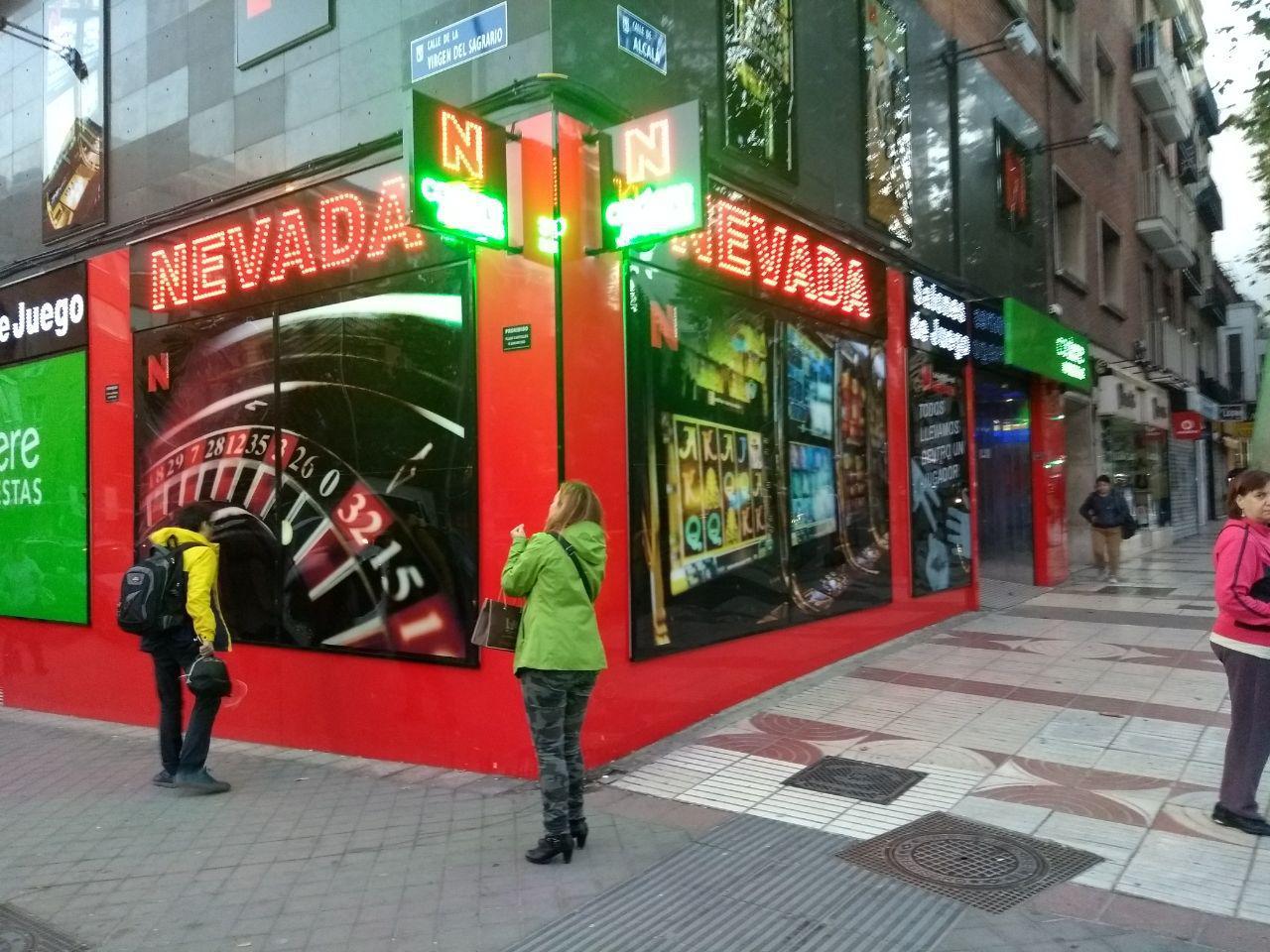 ¿Por qué la Comunidad de Madrid no sigue el ejemplo de Murcia en la regulación de los locales de apuestas?