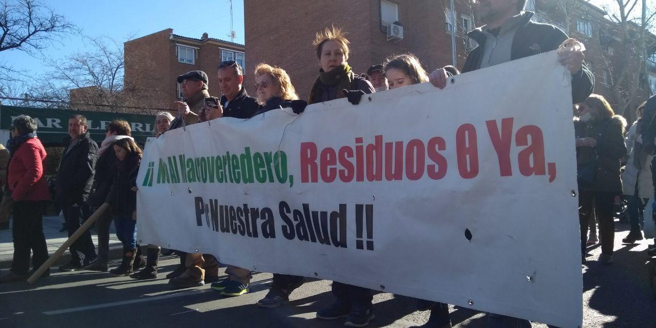 """""""Únete a la resistencia"""" vallecana contra la llegada de más basura a Valdemingómez"""