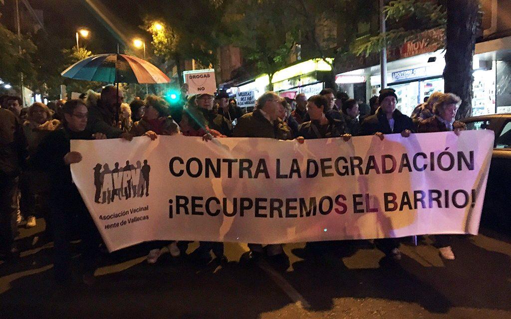 """El movimiento vecinal de Vallecas llama """"a la unidad de los vecinos y a la defensa de la dignidad de nuestros barrios"""""""