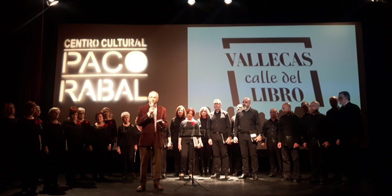 La poeta Ángeles Mora inaugura la XX edición de Vallecas Calle del Libro