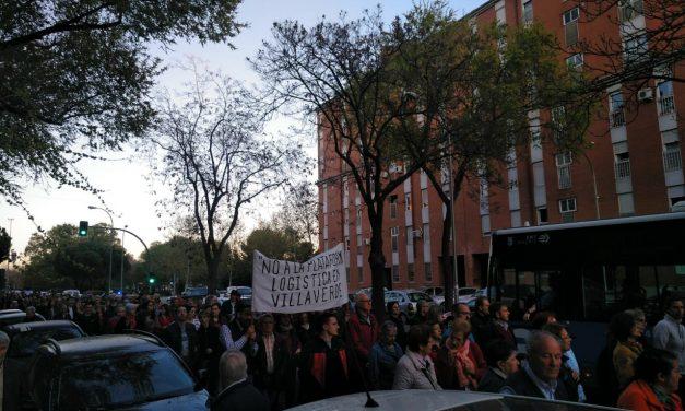 El pleno del Ayuntamiento aprueba la paralización de las obras de la planta logística de Villaverde