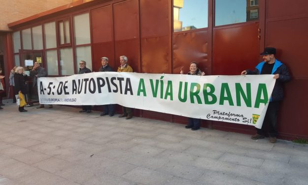 Campamento Sí rechaza la clausura de los semáforos de la A-5 y vuelve a reclamar su conversión en una avenida urbana