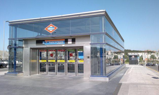 Un nuevo desprendimiento de tierra en la Línea 7B de Metro deja inservible uno de los ascensores de la estación Hospital del Henares
