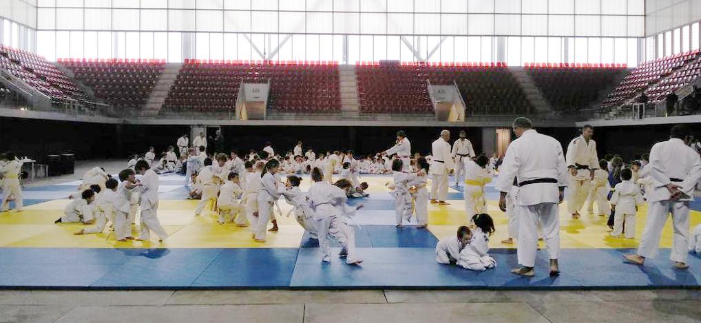 Más de 2.500 chavales y chavalas tomarán la Caja Mágica por el deporte de base