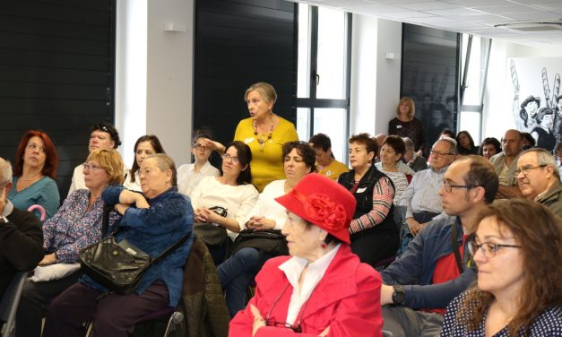 La FRAVM celebra su 42º aniversario con un homenaje a las mujeres del movimiento vecinal