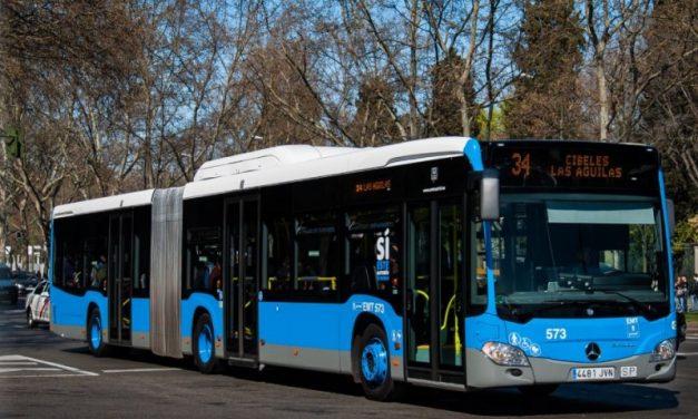 Largas esperas y saturación en la línea 34 de la EMT, la más utilizada de Madrid