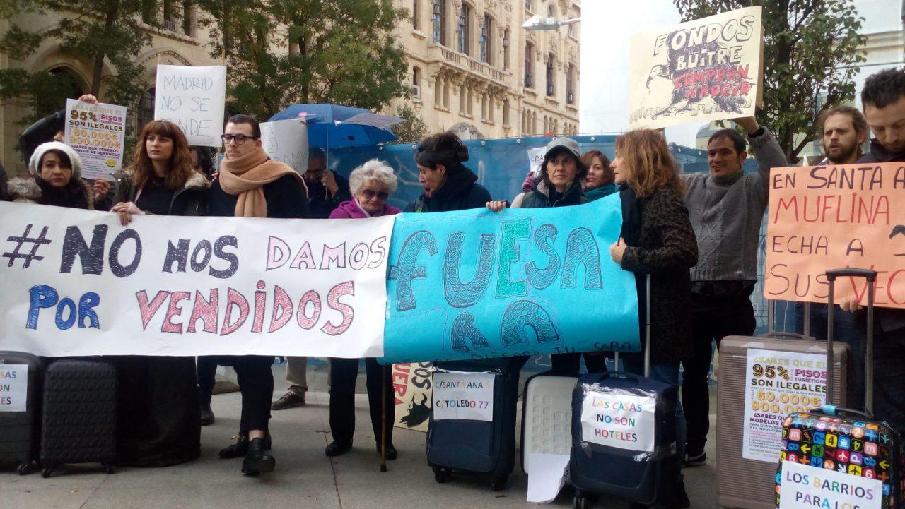 Colectivos vecinales del Centro de Madrid denuncian 503 pisos turísticos ilegales