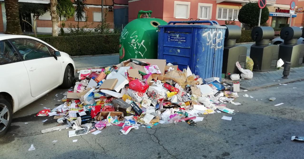 """Las asociaciones vecinales de Leganés denuncian """"la suciedad y falta de mantenimiento de la ciudad"""""""
