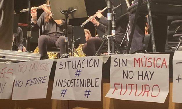 Música y chocolate contra el deterioro de la escuela-conservatorio de Leganés
