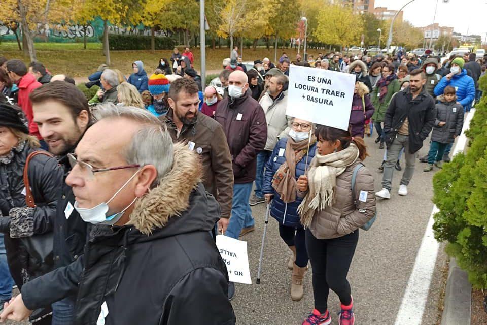 La FRAVM solicita la suspensión inmediata de la llegada de más basura a Valdemingómez ante la ausencia de documentación que la ampare