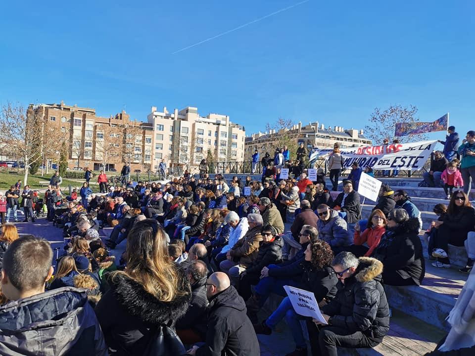 """Vallecas no se rinde ante la """"decisión antidemocrática"""" del alcalde de Madrid de aceptar la basura del Henares"""