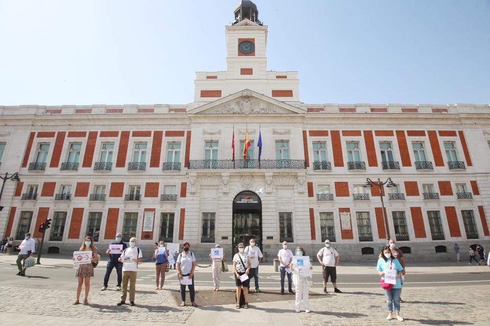 Plataformas, organizaciones sociales y sindicatos se unen para defender y mejorar la sanidad pública madrileña