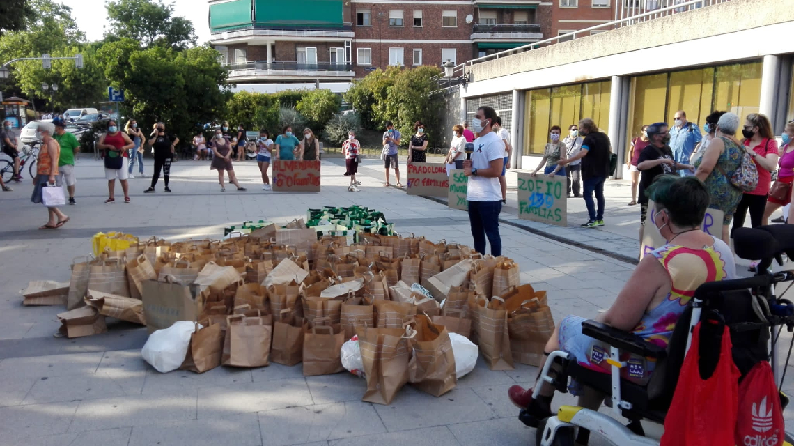 Las redes vecinales de Usera reclaman a la Junta de Distrito que asuma sus obligaciones en la crisis alimentaria
