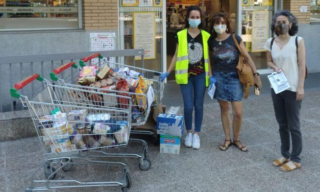 Concentración para pedir a la Junta de Moratalaz un local para la Despensa Solidaria de alimentos