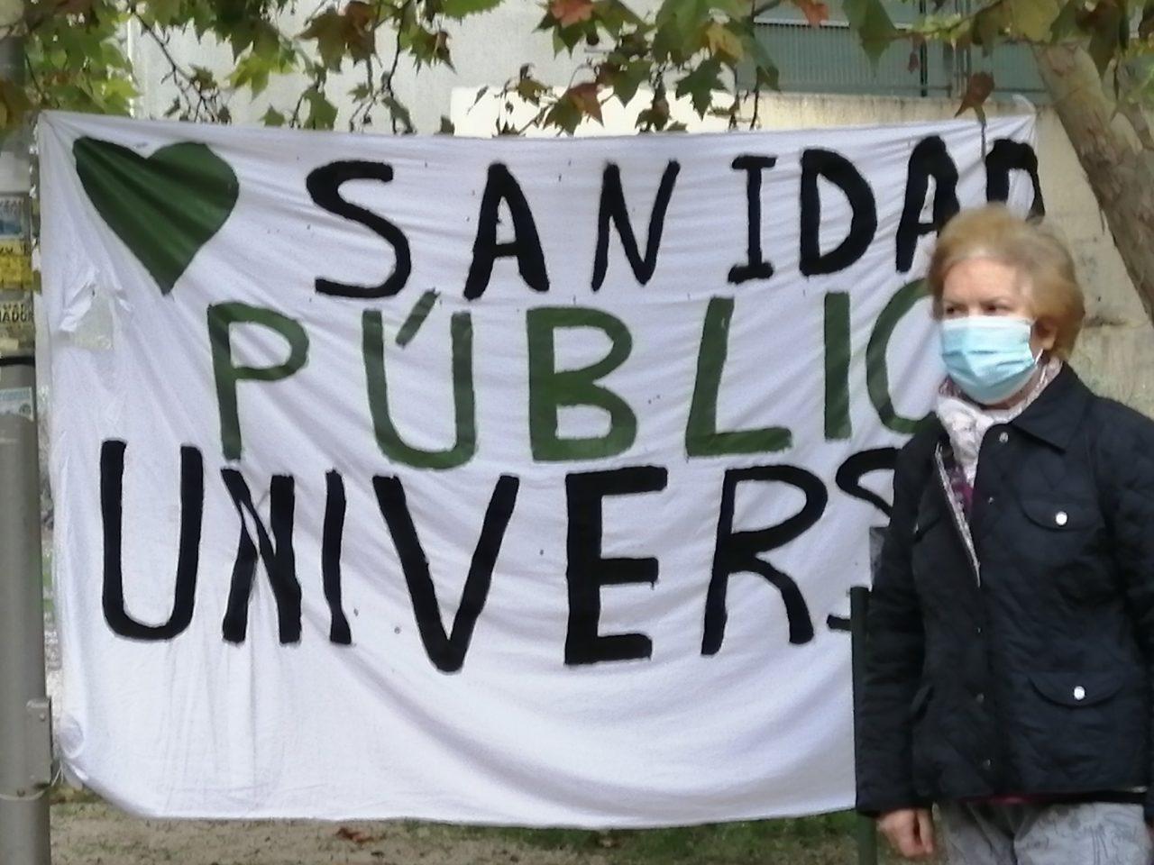 Séptimo jueves de protestas vecinales ante los centros de salud