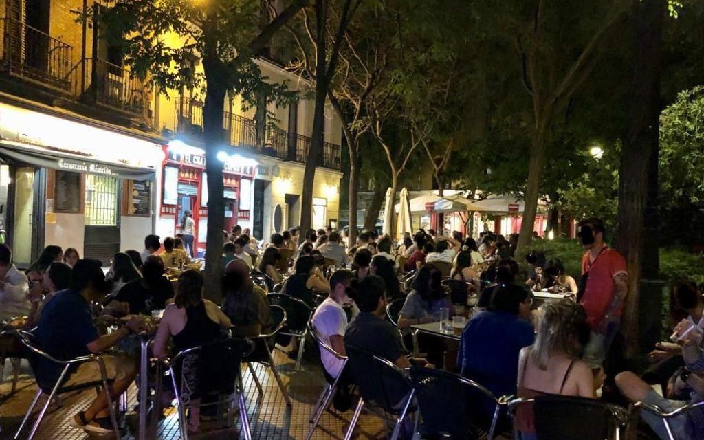 """La FRAVM pide acabar con el uso abusivo de las """"declaraciones responsables"""" en las actividades de restauración y ocio"""