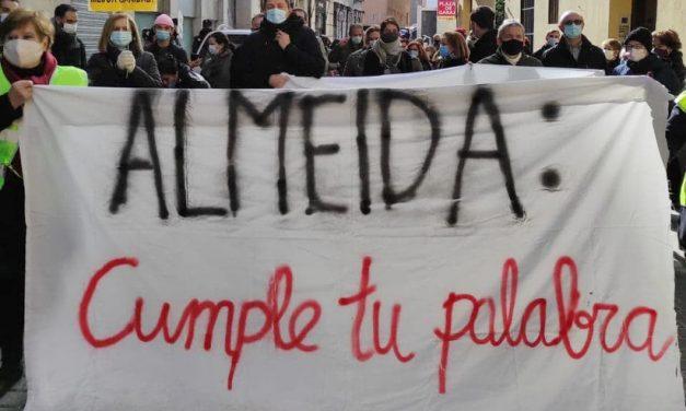 Se suspende la concentración en la Junta de Centro para que Almeida cumpla su palabra y permita la apertura de un centro de salud en Gobernador 39