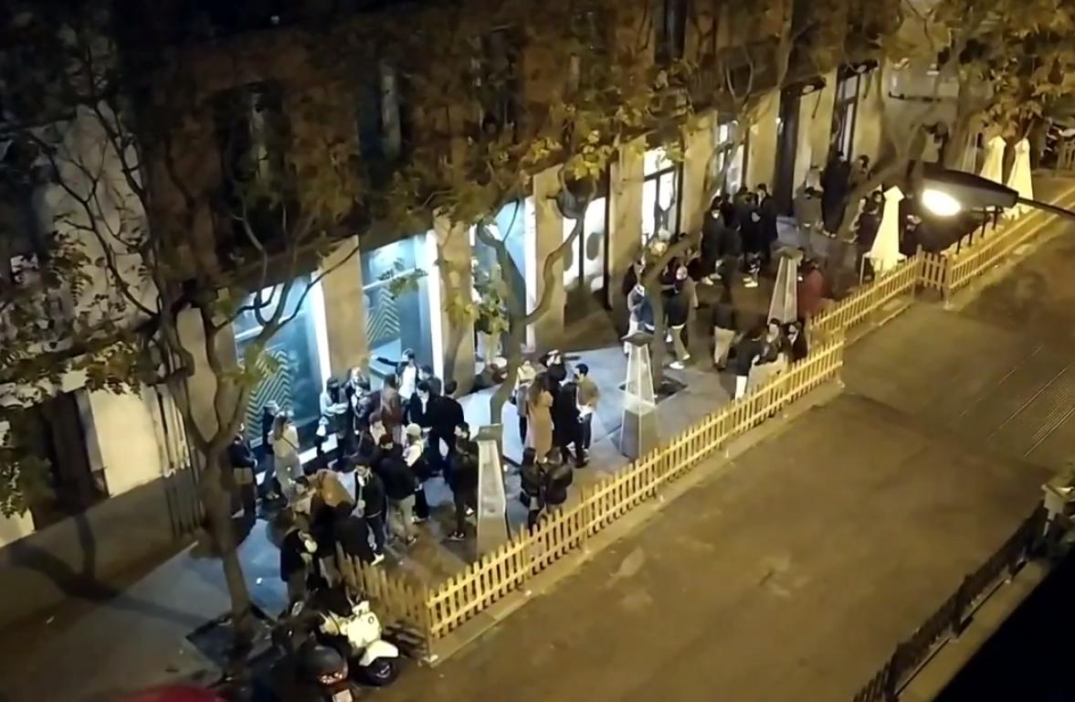 Concentración de terrazas en la calle Ponzano