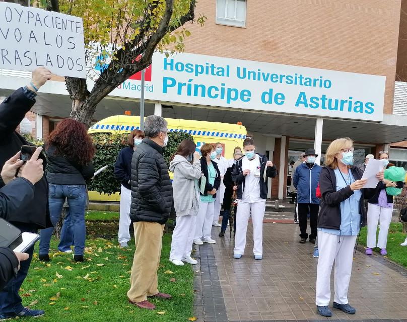 Se multiplican las voces que piden el cese de la gerente del hospital de Alcalá