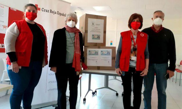 La Asociación Vecinal de Majadahonda entrega 13.100 mascarillas a colegios, institutos y ONGs
