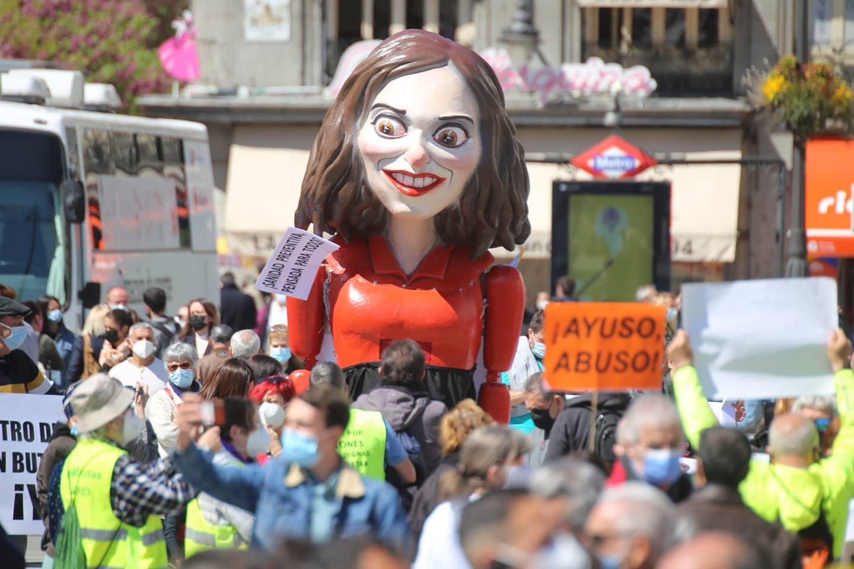Una nueva Marea Blanca reclama políticas sanitarias coherentes frente a la pandemia en la Comunidad de Madrid