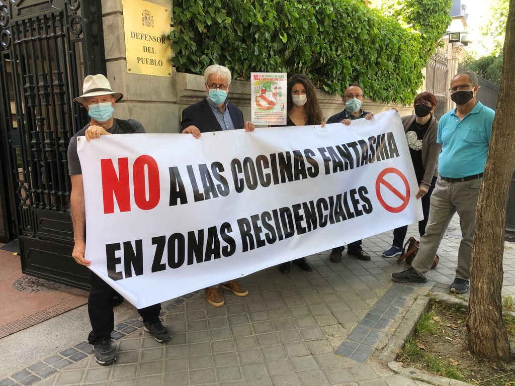La Federación Vecinal pide al Defensor del Pueblo que intervenga para que el Ayuntamiento de Madrid ponga coto a las cocinas fantasma