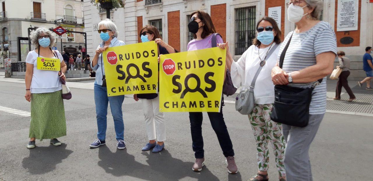 SOS de la vecindad de Chamberí a Ayuso por el desmadre del ocio nocturno