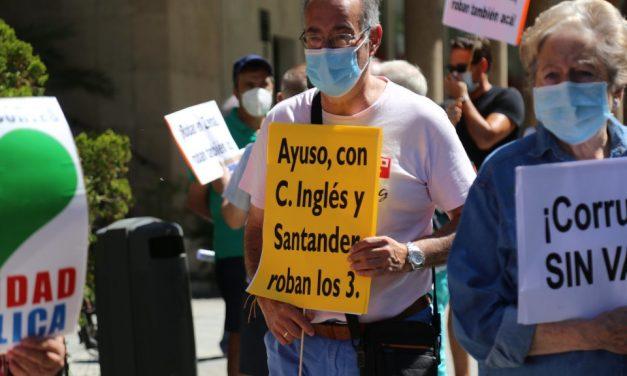 La Marea Blanca rechaza la entrada de El Corte Inglés, Acciona y el Santander en la campaña de vacunación
