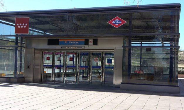 Un millón de euros por un servicio sustitutivo de autobuses de la línea 7B de Metro que ni siquiera hace parada en el centro de San Fernando