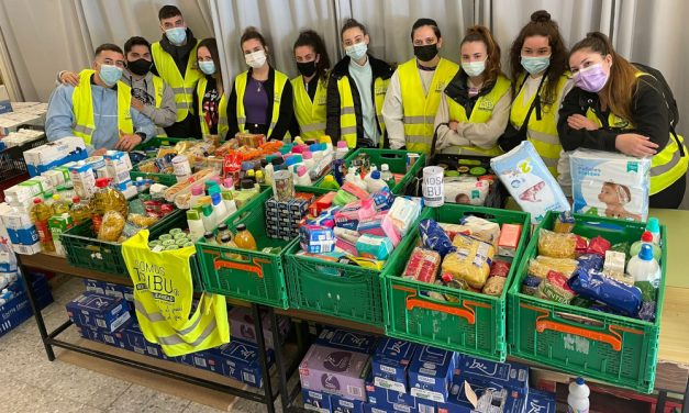 Las redes vecinales de Madrid siguen ayudando con alimentos a más de 13.000 personas al mes